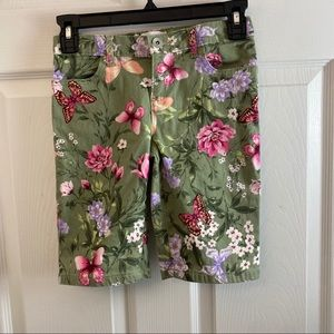 Childrens Place Girls Floral Bermuda Shorts. 8